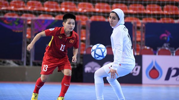 Thua dam Iran, tuyen nu Futsal Viet Nam da tranh hang 3 giai chau A hinh anh 1