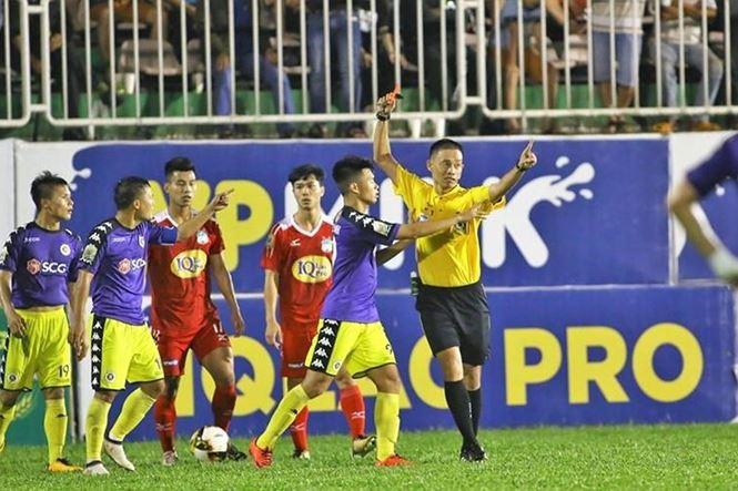 So bau Duc, 2 trong tai FIFA tu choi bat tran CLB Ha Noi vs HAGL hinh anh 1
