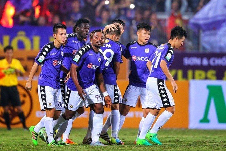Ha Noi FC vo dich luot di V-League: Khi vinh quang khong chi nam tren san co hinh anh 3