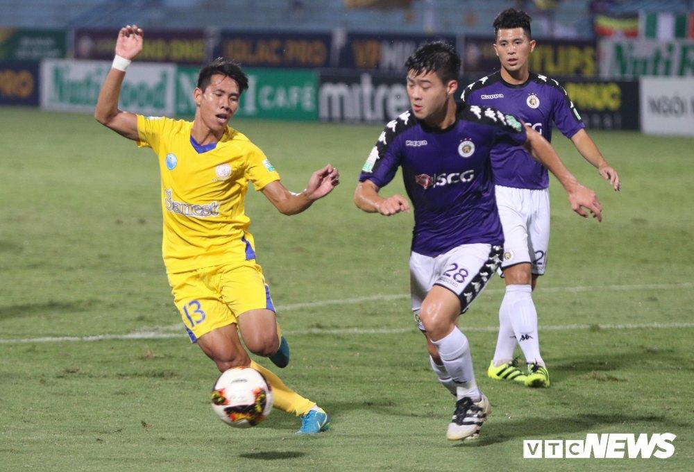 Truc tiep Ha Noi FC vs Sanna Khanh Hoa BVN vong 11 V-League 2018 hinh anh 3