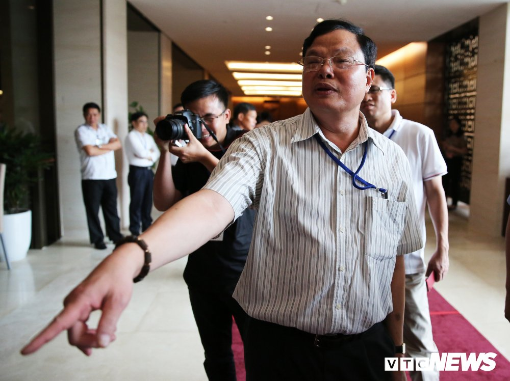 Cuc truong Cuc chong tham nhung: 'Quan chuc co 4-5 cai nha, co bao gio lay ten minh, vo minh dau' hinh anh 1