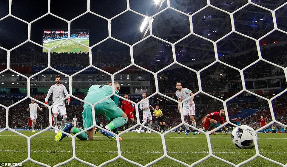 Video ban thang Tay Ban Nha vs Iran, Bang B bong da World Cup 2018 hinh anh 16