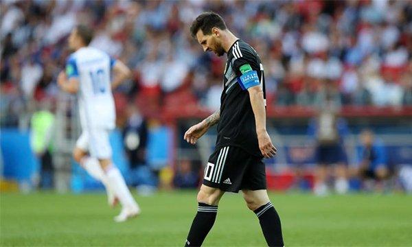 Messi mo nhat truoc Iceland: Thien tai guc nga vi san si hinh anh 1