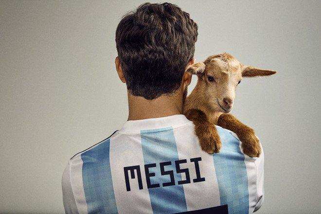 Messi mo nhat truoc Iceland: Thien tai guc nga vi san si hinh anh 2