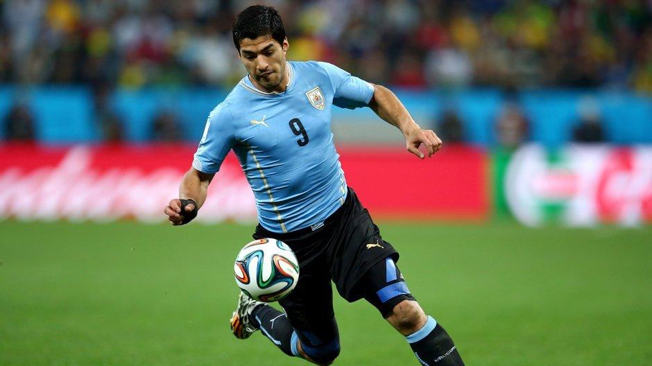 Video ban thang Uruguay vs A Rap Xe Ut, Bang A bong da World Cup 2018 hinh anh 8