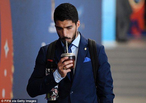 Video ban thang Uruguay vs A Rap Xe Ut, Bang A bong da World Cup 2018 hinh anh 15