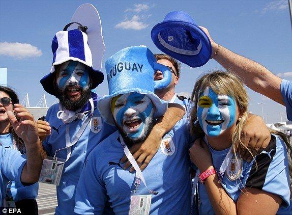 Video ban thang Uruguay vs A Rap Xe Ut, Bang A bong da World Cup 2018 hinh anh 10