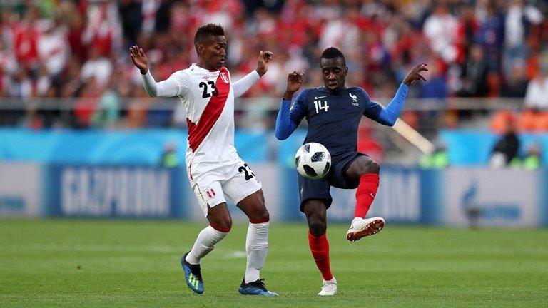 Video ket qua Phap vs Peru: Mbappe toa sang de di vao lich su hinh anh 6