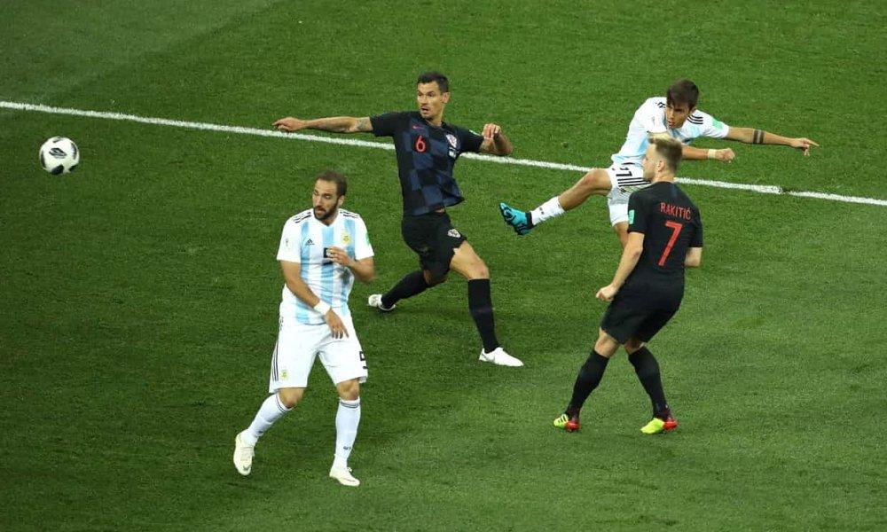 Video ban thang Argentina vs Croatia: Messi vo hai, Argentina thua tham 0-3 hinh anh 1
