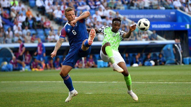 Video ket qua Nigeria vs Iceland: Nigeria cuu van co hoi da World Cup cua Messi hinh anh 5