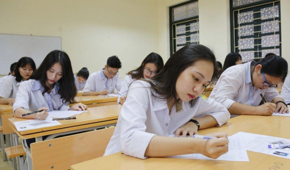 Thi THPT Quoc gia 2018: Nam tu khoa de khong mat diem mon Ngu van hinh anh 1
