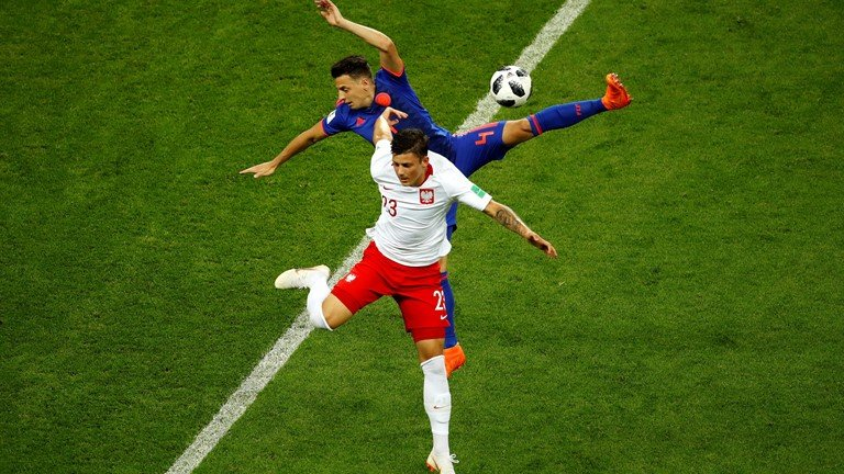 Video ket qua Ba Lan vs Colombia: James Rodriguez giup Colombia thang huy diet hinh anh 10