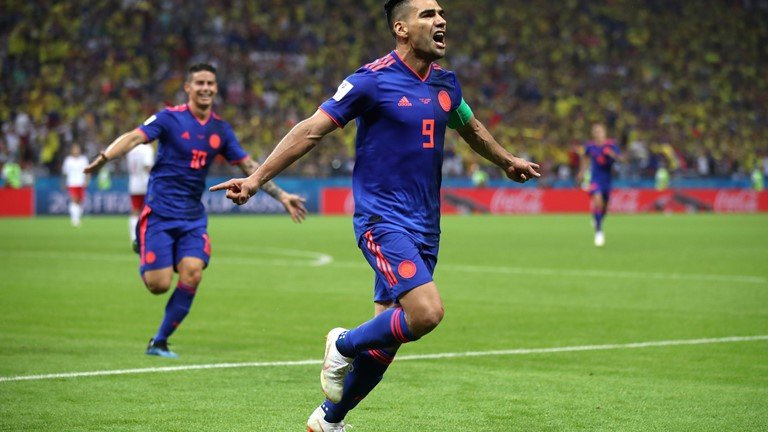 Video ket qua Ba Lan vs Colombia: James Rodriguez giup Colombia thang huy diet hinh anh 5