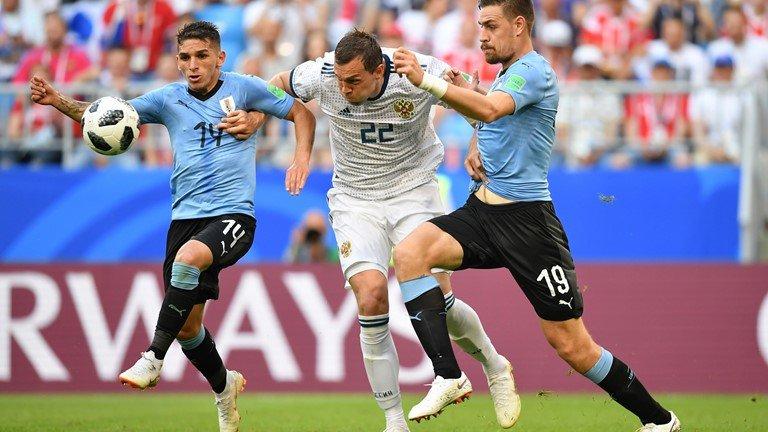 Video ket qua Nga vs Uruguay ty so 0-3: Ngoi dau bang A thuoc ve Uruguay hinh anh 3