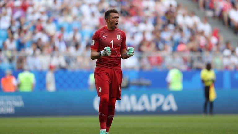 Video ket qua Nga vs Uruguay ty so 0-3: Ngoi dau bang A thuoc ve Uruguay hinh anh 4