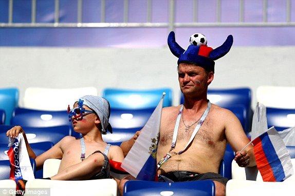 Video ket qua Nga vs Uruguay ty so 0-3: Ngoi dau bang A thuoc ve Uruguay hinh anh 13