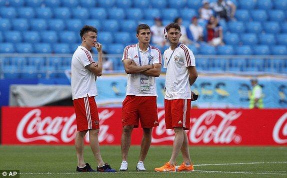 Video ket qua Nga vs Uruguay ty so 0-3: Ngoi dau bang A thuoc ve Uruguay hinh anh 10
