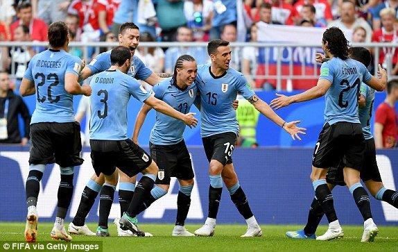 Video ket qua Nga vs Uruguay ty so 0-3: Ngoi dau bang A thuoc ve Uruguay hinh anh 7