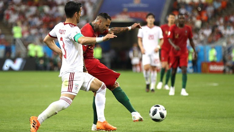 Video ket qua Bo Dao Nha vs Iran ty so 1-1: Tran hoa hu via hinh anh 8