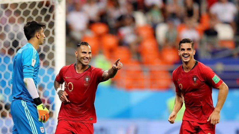 Video ket qua Bo Dao Nha vs Iran ty so 1-1: Tran hoa hu via hinh anh 2