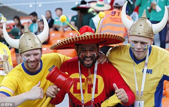 Ket qua Mexico vs Thuy Dien ty so 0-3: Dat tay nhau vao vong trong hinh anh 13