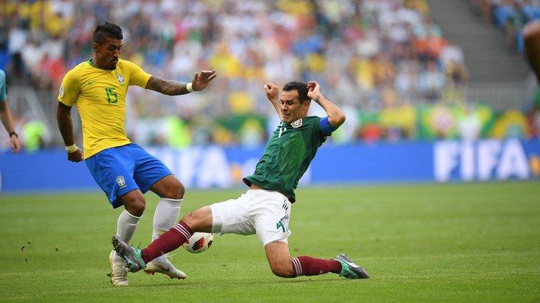 Neymar vua da vua dien, Brazil de dang vao tu ket World Cup hinh anh 1