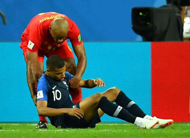 Kylian Mbappe: Hay la nghe si, dung lam 'kich si' hinh anh 2