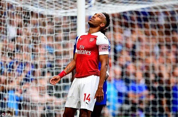 Truc tiep Chelsea vs Arsenal, dai chien vong 2 Ngoai hang Anh 2018 hinh anh 9