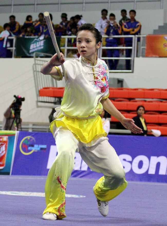 Cô trở thành niềm hy vọng Vàng của Wushu Việt Nam trong ngày thi đấu thứ 3 (9/12/2013) của môn đấu này.