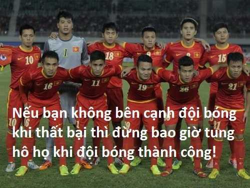 Hình ảnh bênh vực đội tuyển U23 Việt Nam được chia sẻ trên cộng đồng mạng