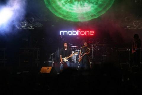 PAK Band lần đầu tiên xuất hiện trên sân khấu RockStorm 2013 tại Huế (07.12)