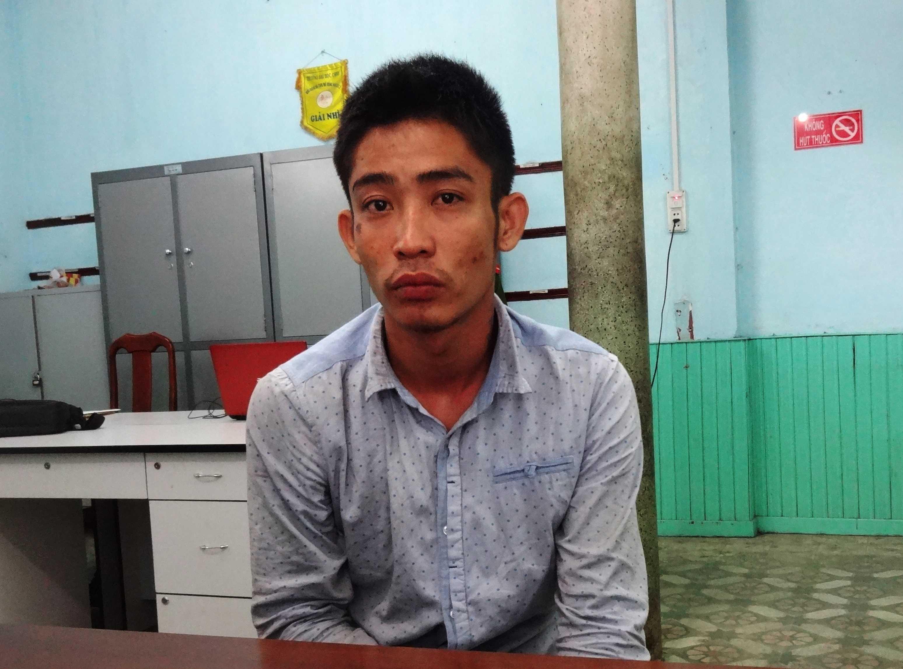 Nguyễn Mạnh Cương tại cơ quan công an