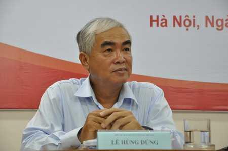 Quyền chủ tịch VFF - ông Lê Hùng Dũng