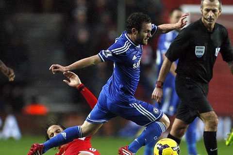 Man Utd đánh tiếng với Mata