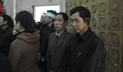 Ông Quang cho biết gia đình sẽ tiếp tục tìm kiếm sau tang lễ