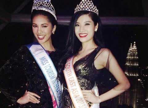 Phan Hoàng Thu và tân Hoa hậu Du lịch thế giới 2013.