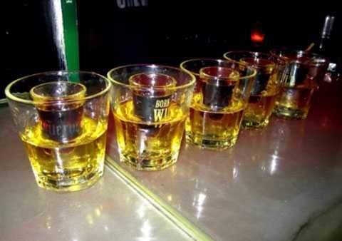 Jager Bombs chỉ là một trong số rượu pha chế nguy hiểm ở bar