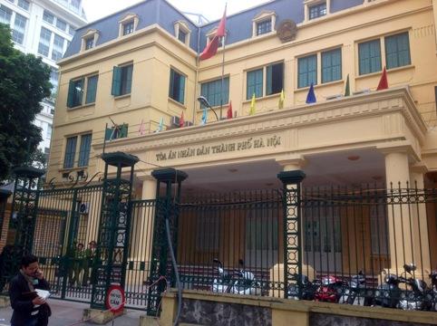 Tòa án nhân dân TP Hà Nội, nơi đang xét xử Dương Chí Dũng và đồng phạm.