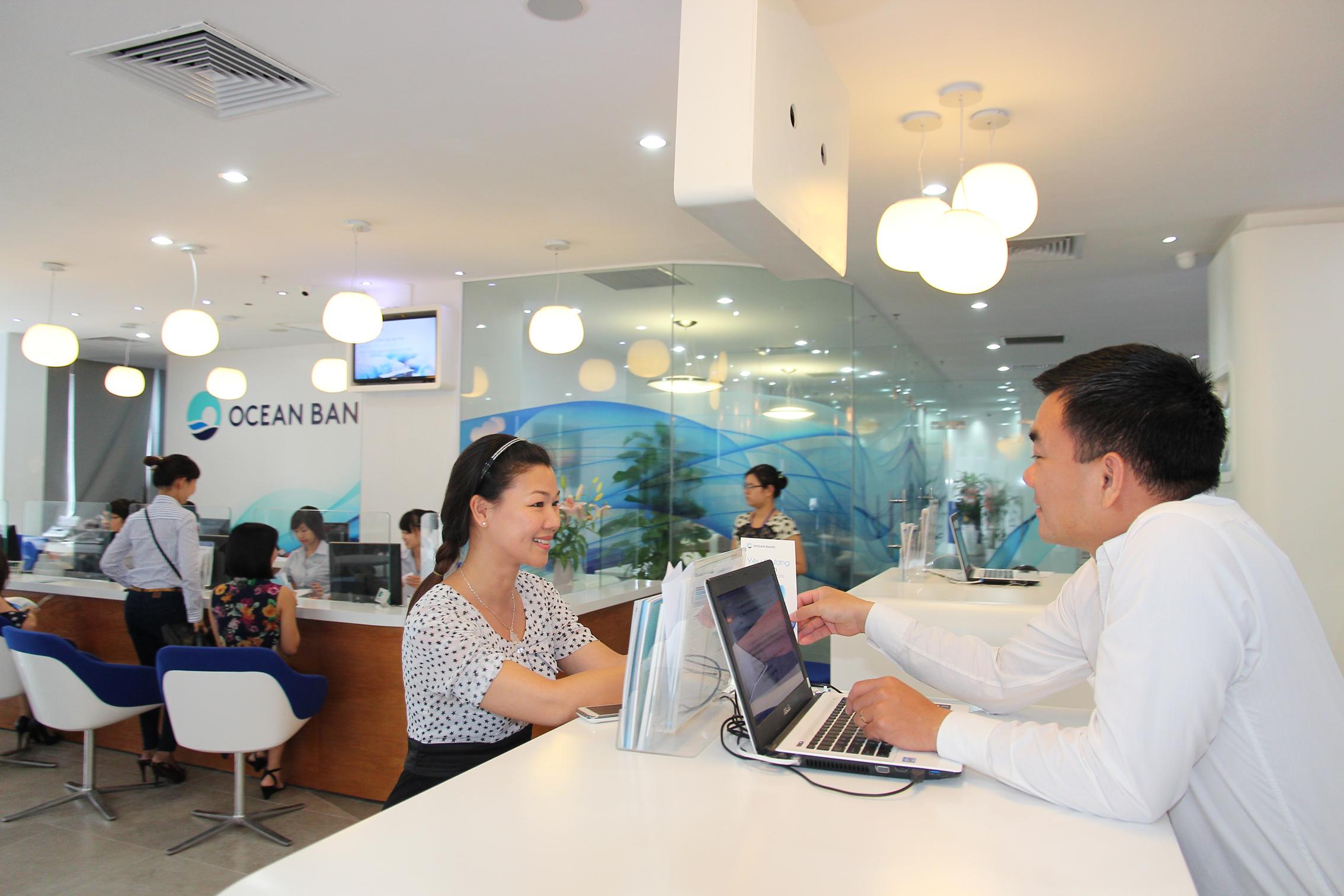 Khách hàng gửi tiền tiết kiệm 1 tỷ đồng từ ngày 11/11/2013 đến 20/02/2014 tại Ngân hàng TMCP Đại Dương – OceanBank sẽ được nhận 1 chỉ vàng.