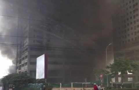 Ngọn lửa bùng phát tại khu nhà tạm của các công nhân
