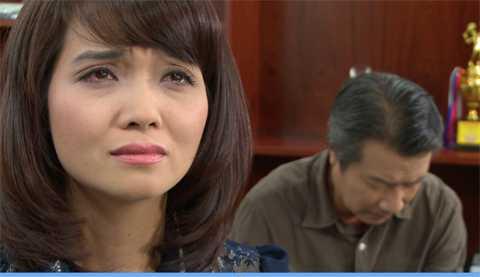 Thùy Dung đau khổ khi bị ông Cương chiếm đoạt cô.