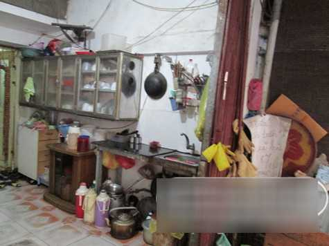 Căn bếp của hai người.