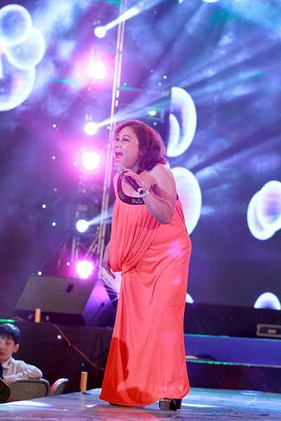 Chị đã hát rất nhiều ca khúc quen thuộc cho khán giả Thủ đô.