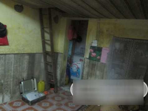 Không gian đằng sau dành cho khu vệ sinh và giặt giũ.