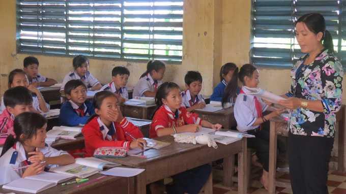 Trường THCS Đa Phước, huyện An Phú thường xuyên tổ chức dạy phụ đạo cho học sinh yếu kém, giúp các em theo kịp chương trình để hạn chế bỏ học