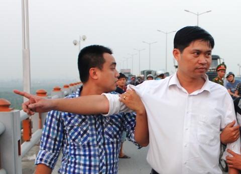 Gia đình chị Huyền tỏ ra khó hiểu vì đến   hiện tại, vẫn chưa có một tờ báo nào thông tin về tình hình Nguyễn Mạnh   Tường ở trong trại tạm giam