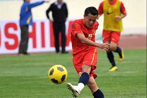 Thành Lương cùng các đồng đội hạ U23 Campuchia 6-1 ở SEA Games 25