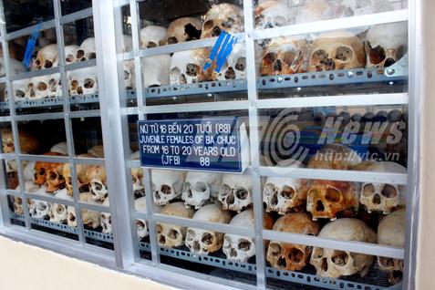 Những hộp sọ trong nhà mồ Ba Chúc