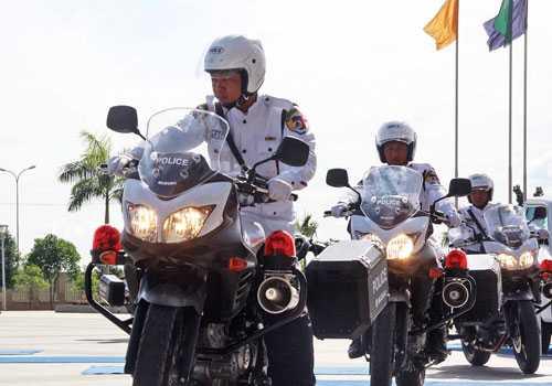 Cảnh sát Myanmar tập huấn tiền SEA Games.