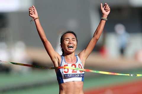 Phạm Thị Bình xuất sắc giành HCV nội dung marathon nữ